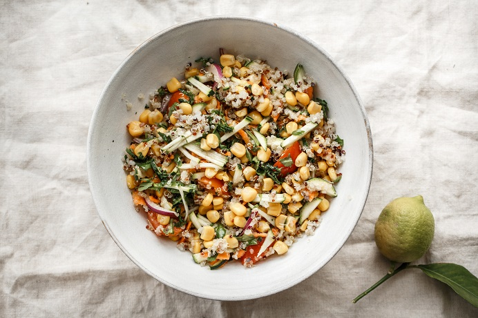 Amanida cruixent de blat de moro i quinoa - Receptes - Veritas