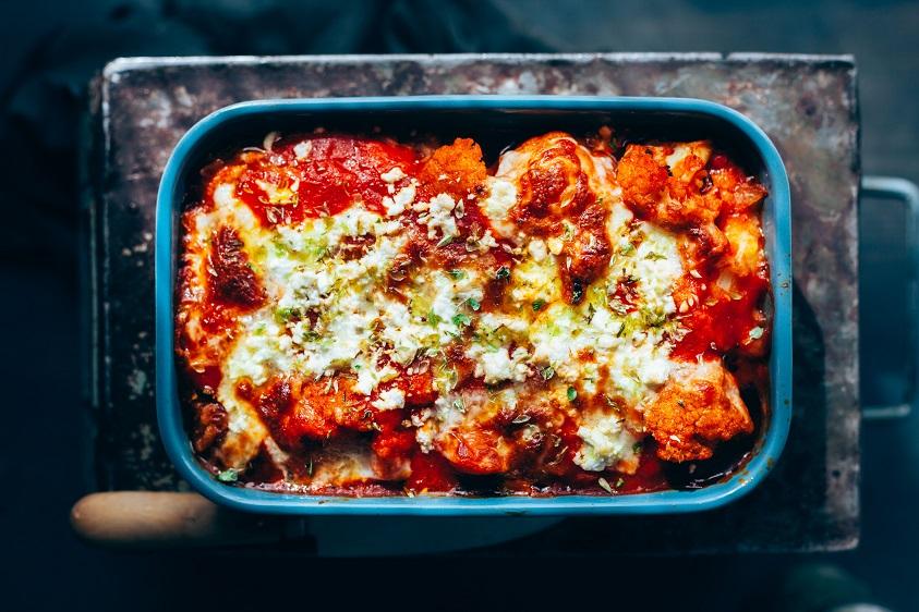 Gratín de coliflor en salsa de tomate - Veritas