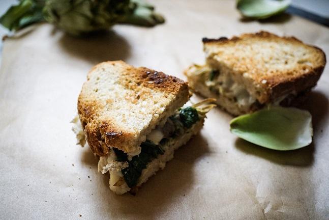 Sandwich de alcachofas y espinacas - Recetas - Veritas